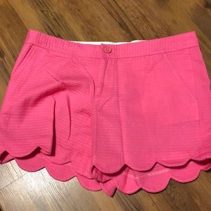 Lilly Pulitzer Buttercup Short - textured